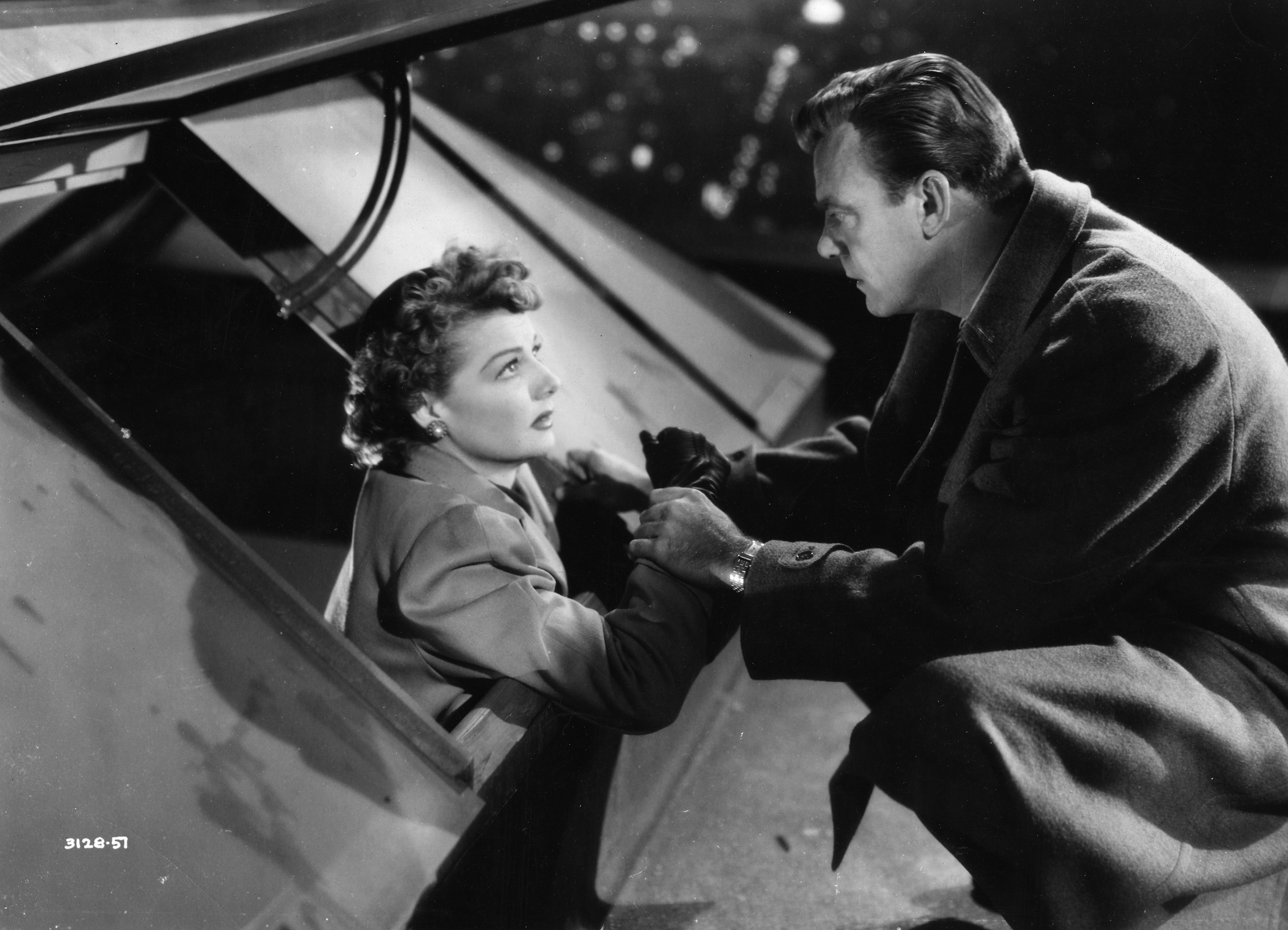 ann sheridan s film noir marriage flicker alley sheridan and dennis o keefe give police the slip