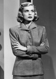 Lizabeth Scott in Too Late for Tears.